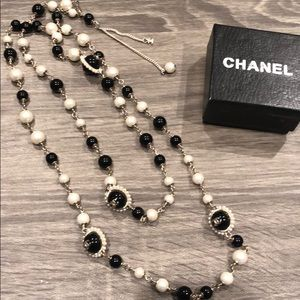 Long pearl/beads necklace CHANEL